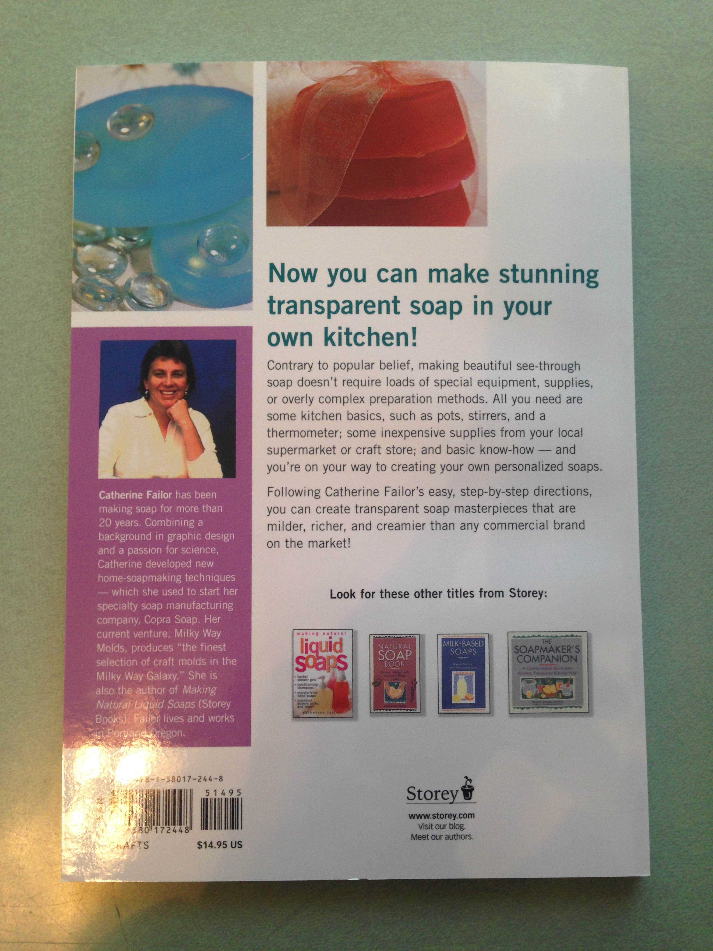 Making Transparent Soap (Paperback Book) - The Nova Studio